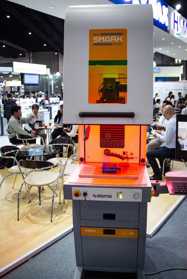 Laser-markeringsmaskin fotografering för bildbyråer