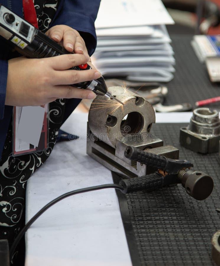 Laser-samkopiering/beläggningsmaskin royaltyfri fotografi
