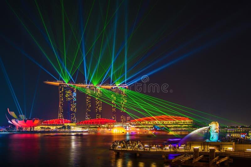 Laser-show på marinabay sander, Singapore arkivbilder