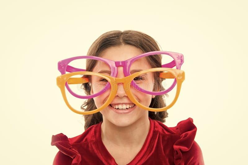 Lasercorrectie Oogoefeningen om zicht te verbeteren De slijtage grote oogglazen van het meisjesjonge geitje Zicht en gezondheid O stock afbeeldingen