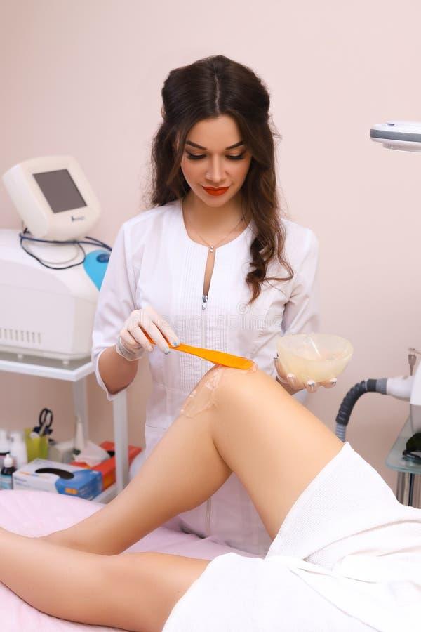 Laserowa epilacja i kosmetologia fotografia royalty free