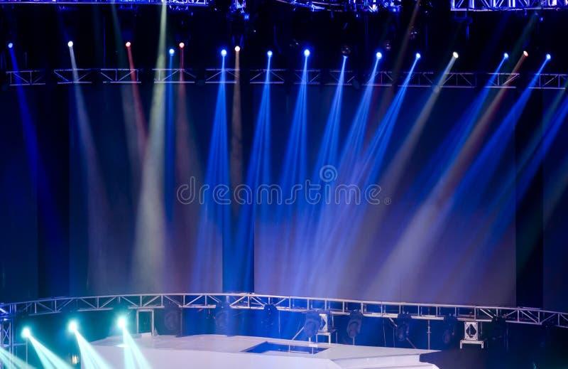 laserowa promieni światło reflektorów scena zdjęcia royalty free