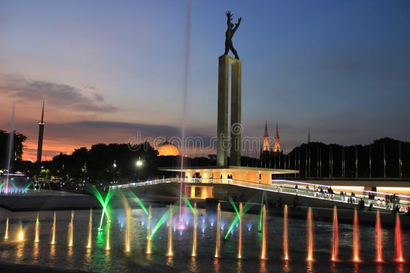 Laserowy przedstawienie w Zachodnim Papua niezależności zabytku w Dżakarta, Indonezja obraz stock