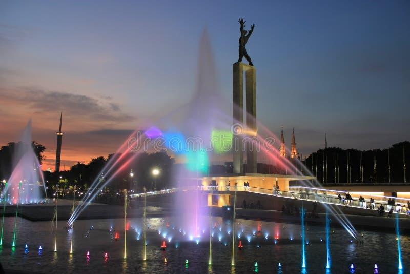 Laserowy przedstawienie w Zachodnim Papua niezależności zabytku w Dżakarta, Indonezja fotografia stock