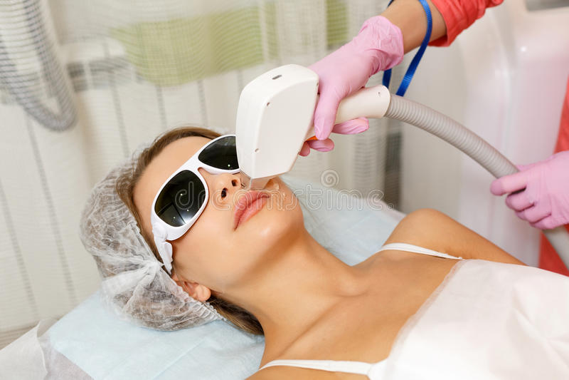 Laserowy Włosiany usunięcie Narzędzia kosmetologia zdjęcia stock