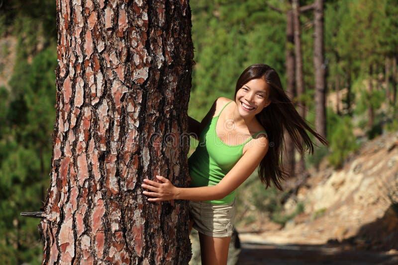 lasowa figlarnie kobieta fotografia royalty free