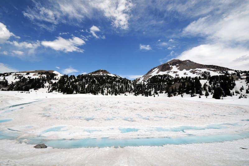 Lassen Vulkanisch Nationaal Park met Sneeuw royalty-vrije stock foto's
