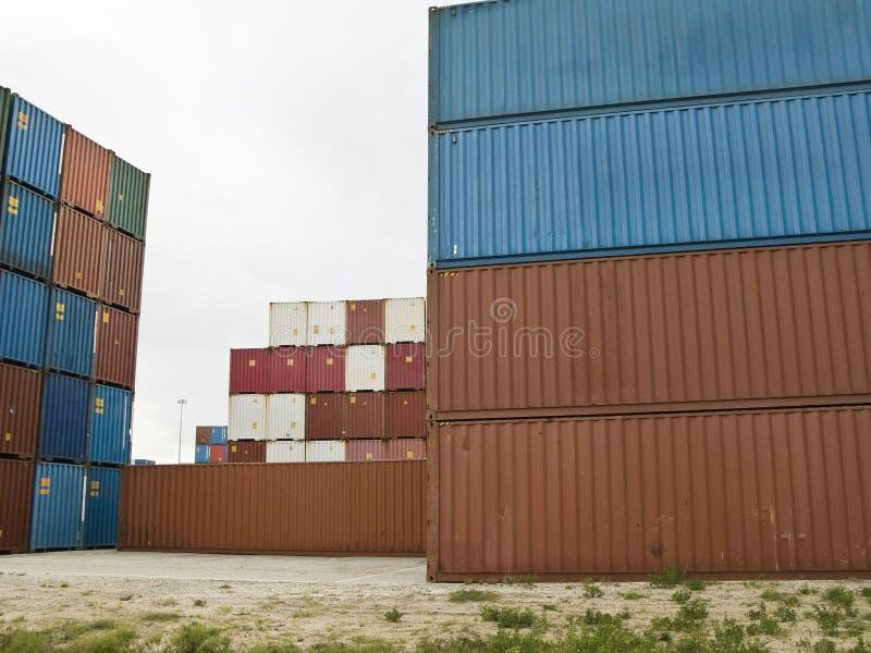 Lastbehållare På Porten Gratis Bilder