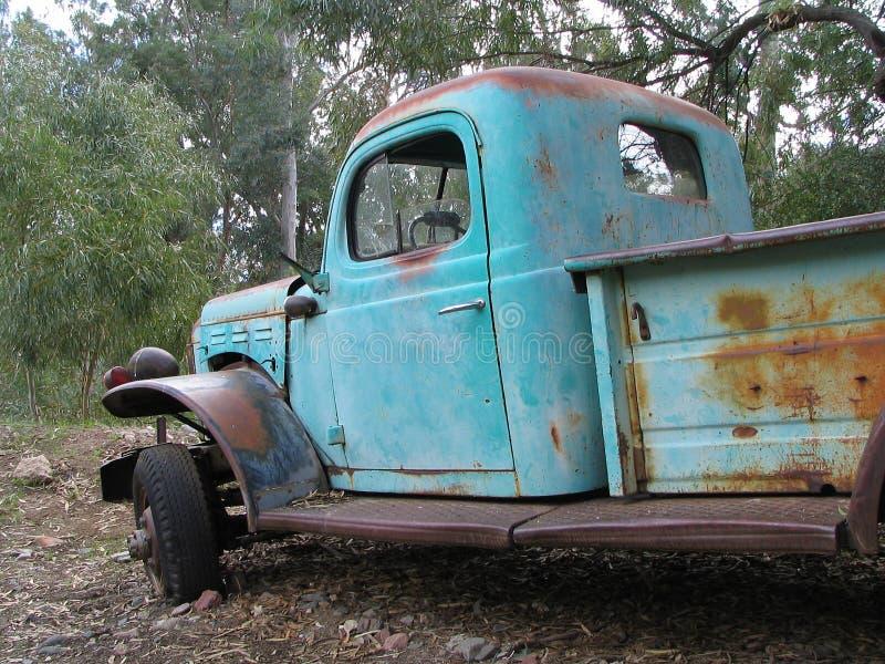 Download Lastbil arkivfoto. Bild av slitage, antikviteten, rost, lastbil - 41230