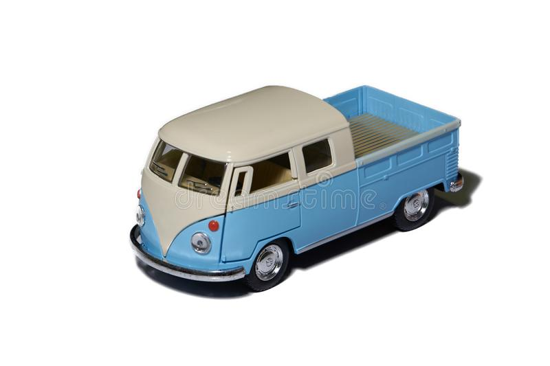 Lastbil för campareskåpbil med behållaren på isolerad vit bakgrund royaltyfria bilder