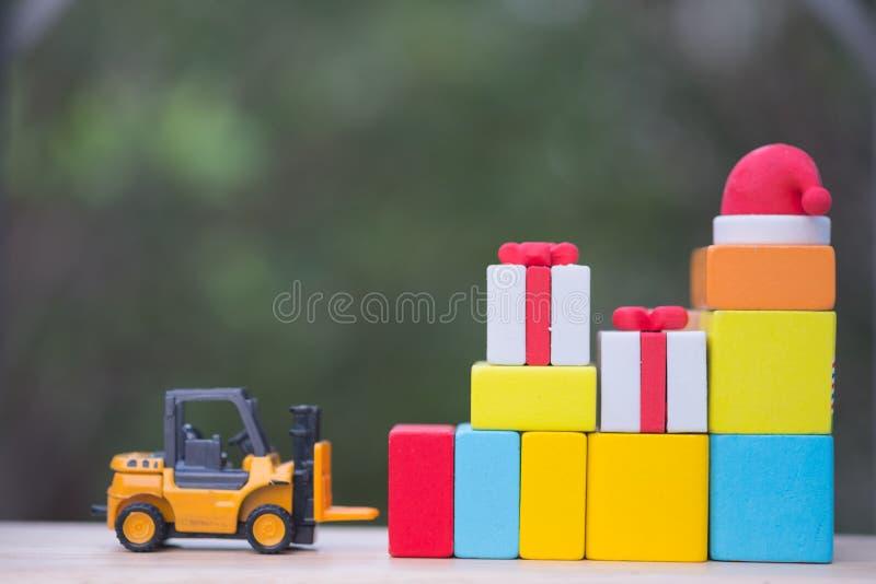 lastbil för gåva för askjulgaffeltruck arkivfoto