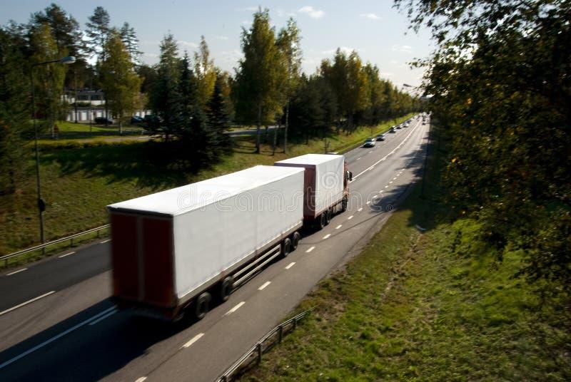 Lastbil i rörelse royaltyfria bilder