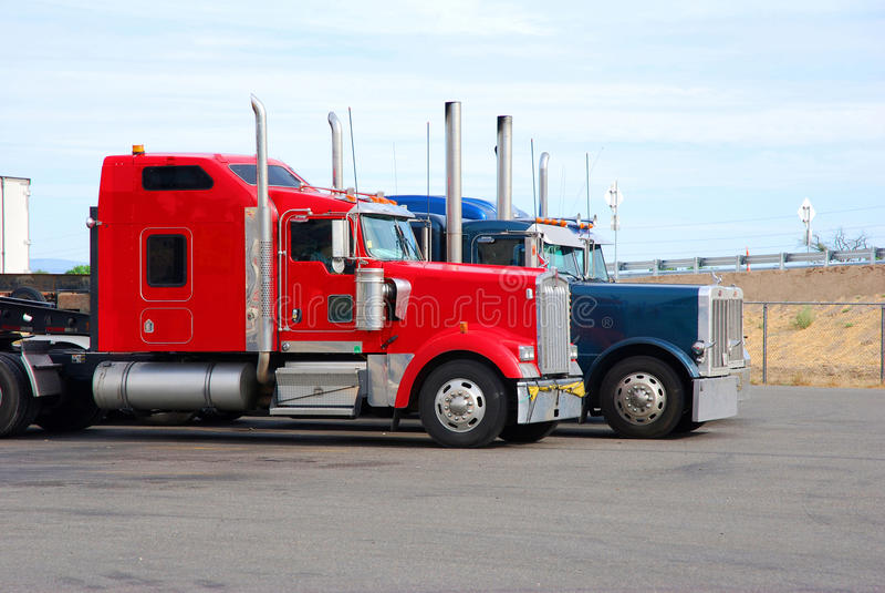 lastbilar royaltyfria bilder