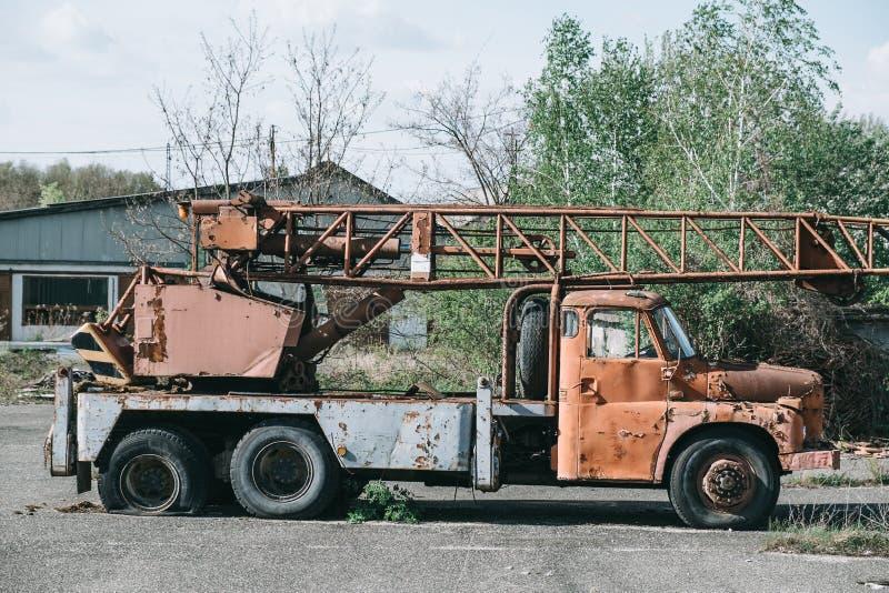 Lastbilhaveri på skrot arkivfoto