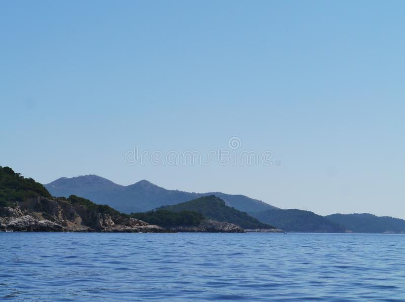 Download Lastovo In Het Middellandse-Zeegebied Stock Afbeelding - Afbeelding bestaande uit land, overzees: 54088811