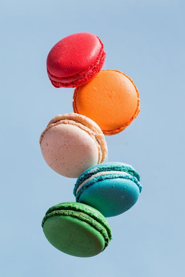 Latać Macarons zdjęcie stock