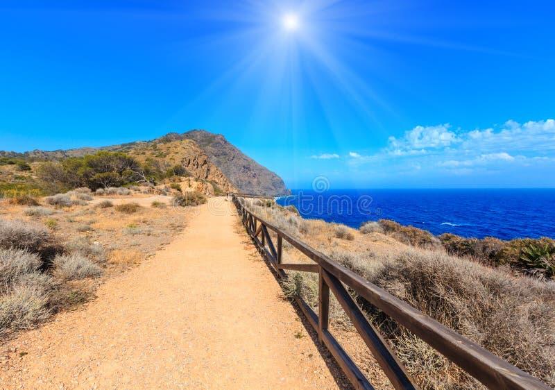 Lata Costa sunshiny skalisty brzegowy Blanca, Hiszpania obraz royalty free