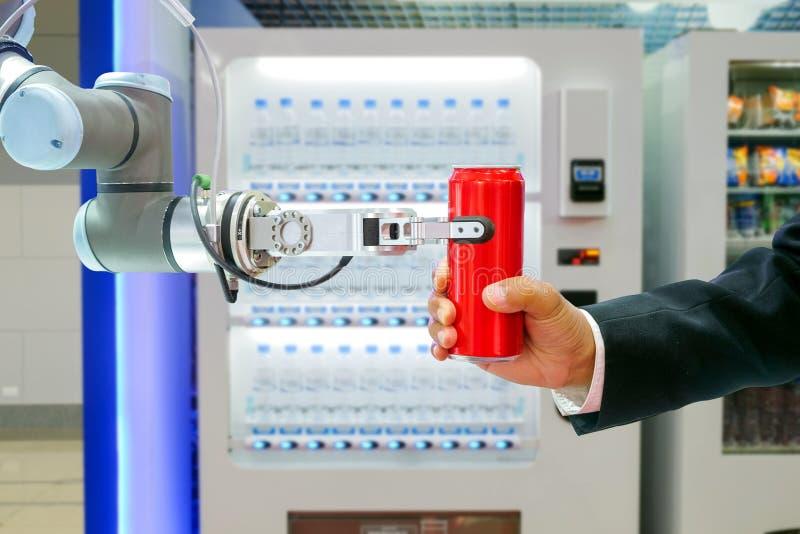 Lata de soda vermelha emocionante robótico industrial para enviar ao homem de negócios