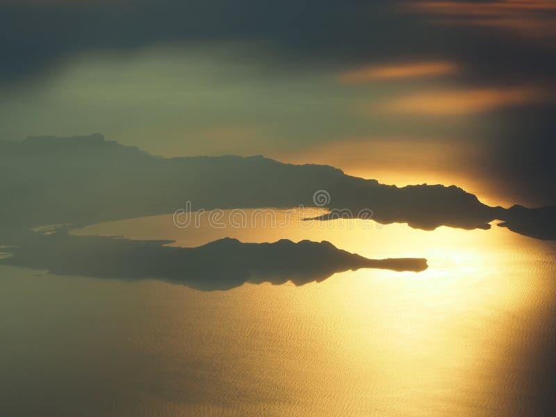 Lata? nad wysp? Majorca podczas zmierzchu Widok od samolotowego okno Mallorca, Hiszpania zdjęcie royalty free