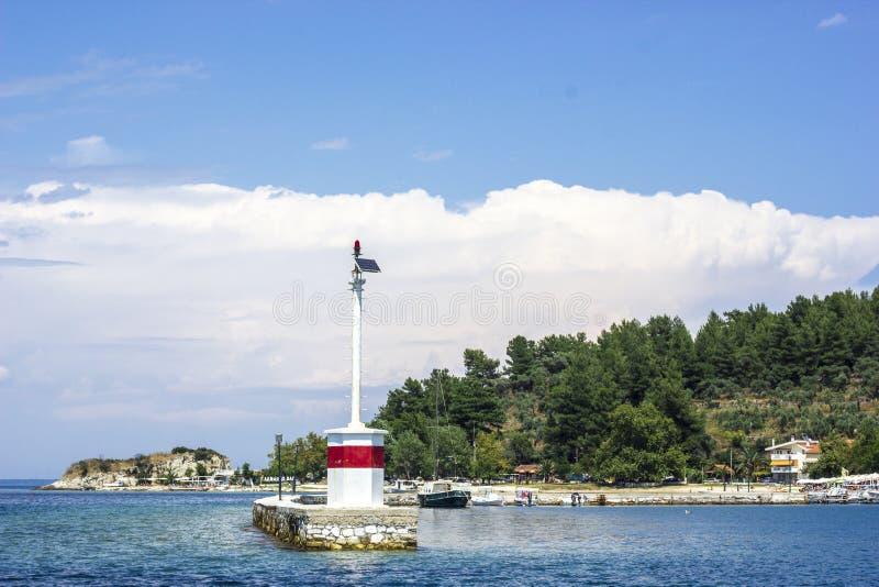 Latarnia morska nowożytna w Limenas Thassos obraz royalty free