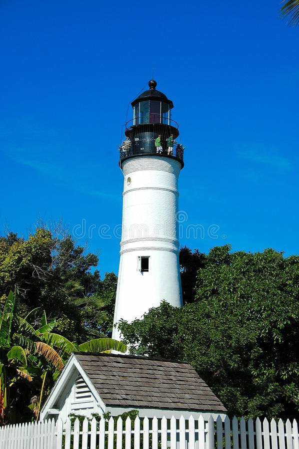 latarnia morska w miasteczku fotografia royalty free