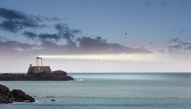 Latarnia morska w półmroku zdjęcie stock