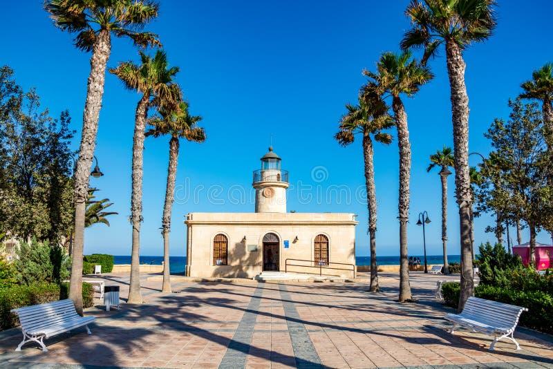 Latarnia morska w Roquetas De Mącący, Almeria prowincja, Andalusia, Hiszpania obrazy stock