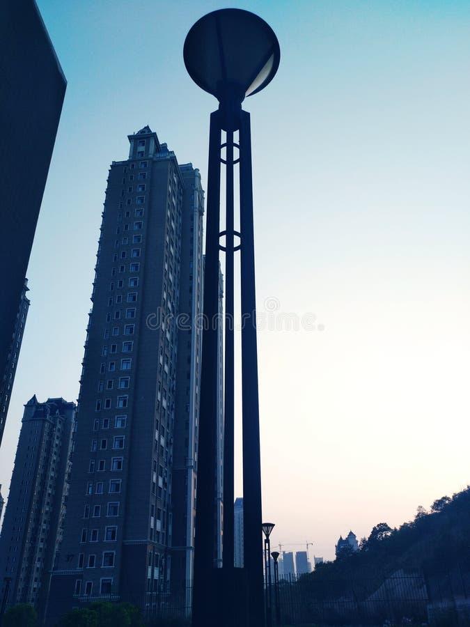 Latarnie Uliczne i miasta sunji zdjęcia stock