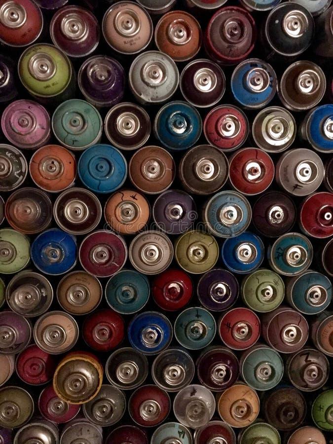 Latas de espray del color fotos de archivo libres de regalías