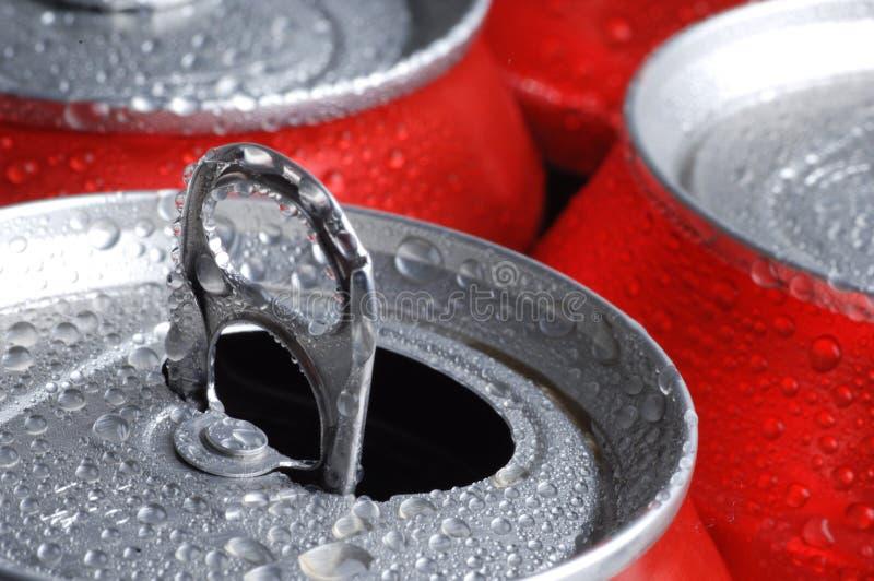 Latas de refresco o de cerveza foto de archivo libre de regalías