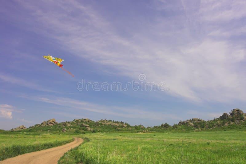 latawiec zachmurzone niebo lato zdjęcia royalty free