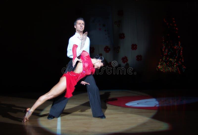 Lateinischer Tanz lizenzfreies stockfoto