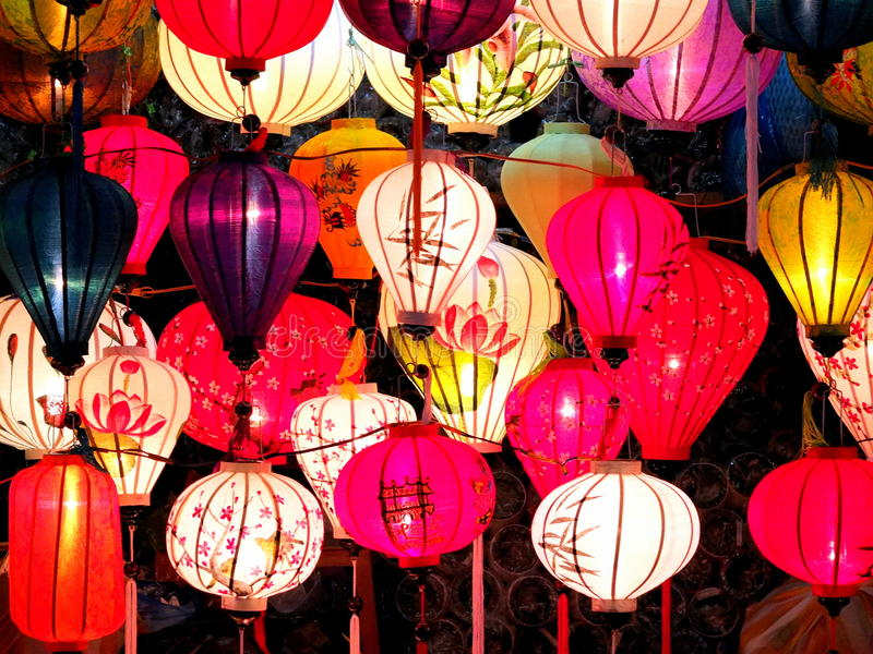 Laternennachtmarkt in HoiAn stockbilder