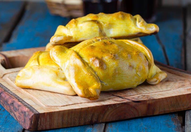 Latijns-Amerikaans voedsel Chileense empanadas met vlees en ui royalty-vrije stock afbeeldingen
