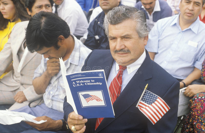 Latino à la cérémonie de citoyenneté des Etats-Unis, Los Angeles, la Californie image libre de droits