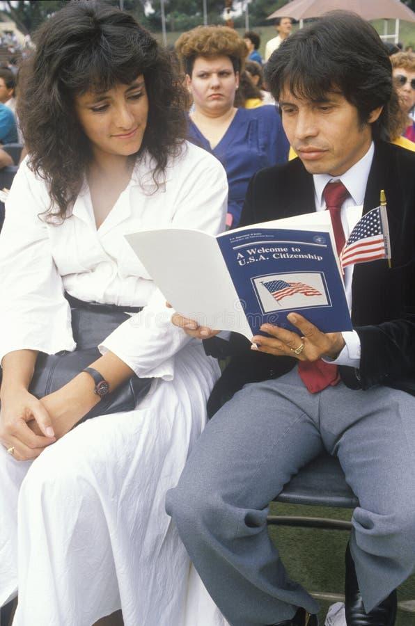 Latinos στην τελετή Ηνωμένης υπηκοότητας, Λος Άντζελες, Καλιφόρνια στοκ φωτογραφία με δικαίωμα ελεύθερης χρήσης