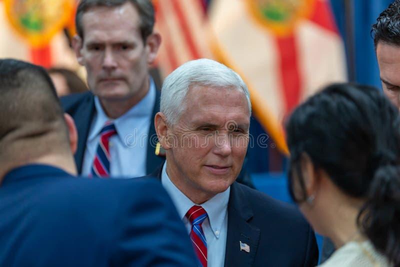 Latinos for Trump Event con il vice presidente Mike Pence e la seconda donna Karen Pence a Nacion de Fe Campagna del Presidente R fotografia stock libera da diritti