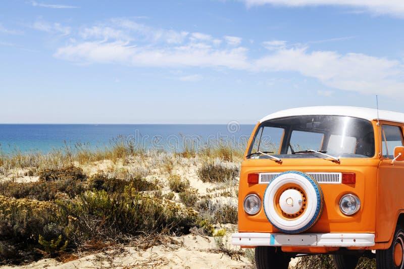Lato czas, Piaskowatej plaży wakacje, zabawa zdjęcie royalty free