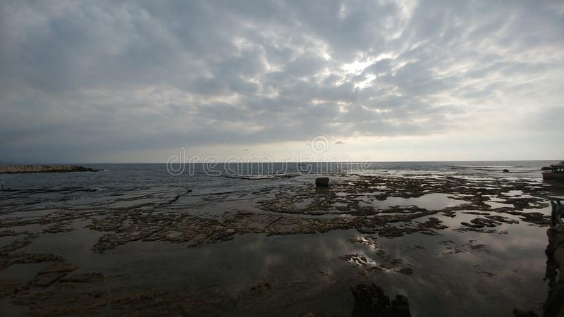 Lato dell'oceano del Libano, Byblos immagini stock