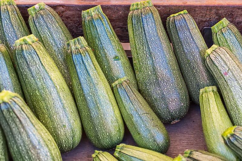 Lato kabaczek - zucchini rynek publicznie fotografia royalty free