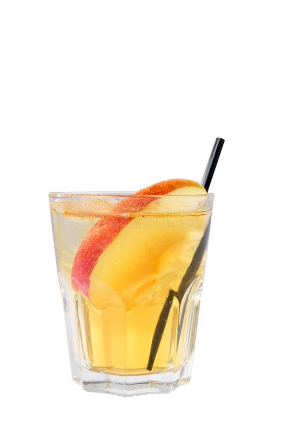 Lato koktajl z jabłkiem na odosobnionym białym tle obrazy stock
