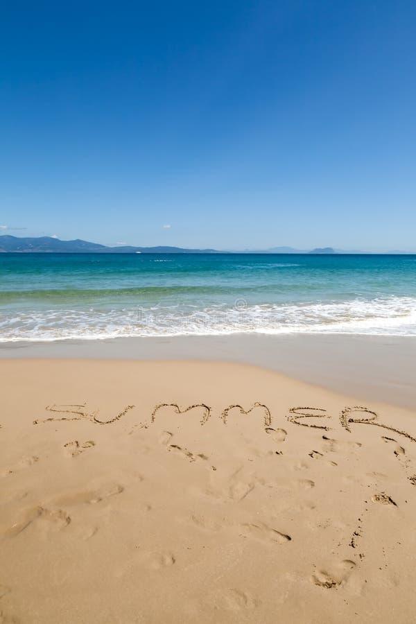 Download Lato na pla?y obraz stock. Obraz złożonej z fala, łódź - 41954465