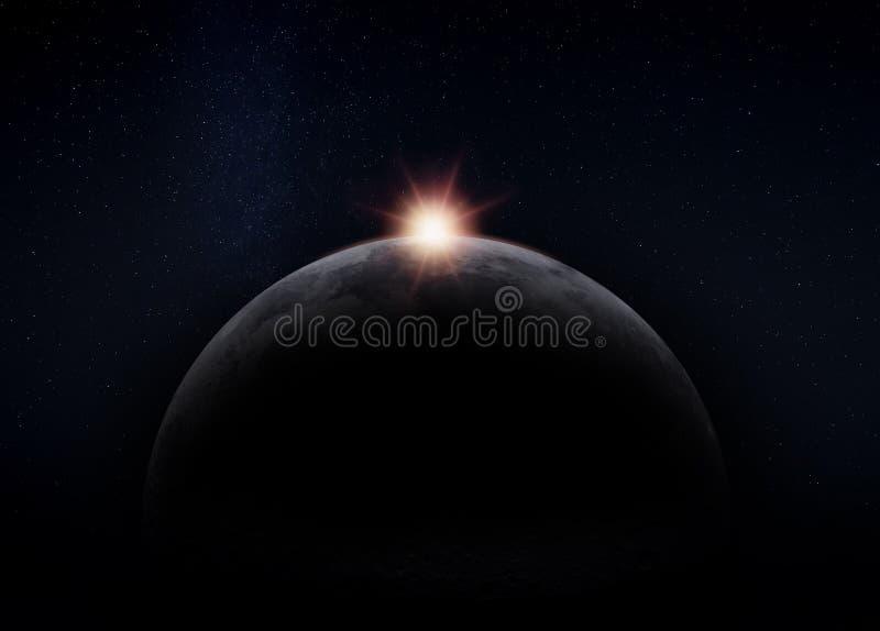 Lato nascosto scuro della luna, con il Sun fotografie stock libere da diritti