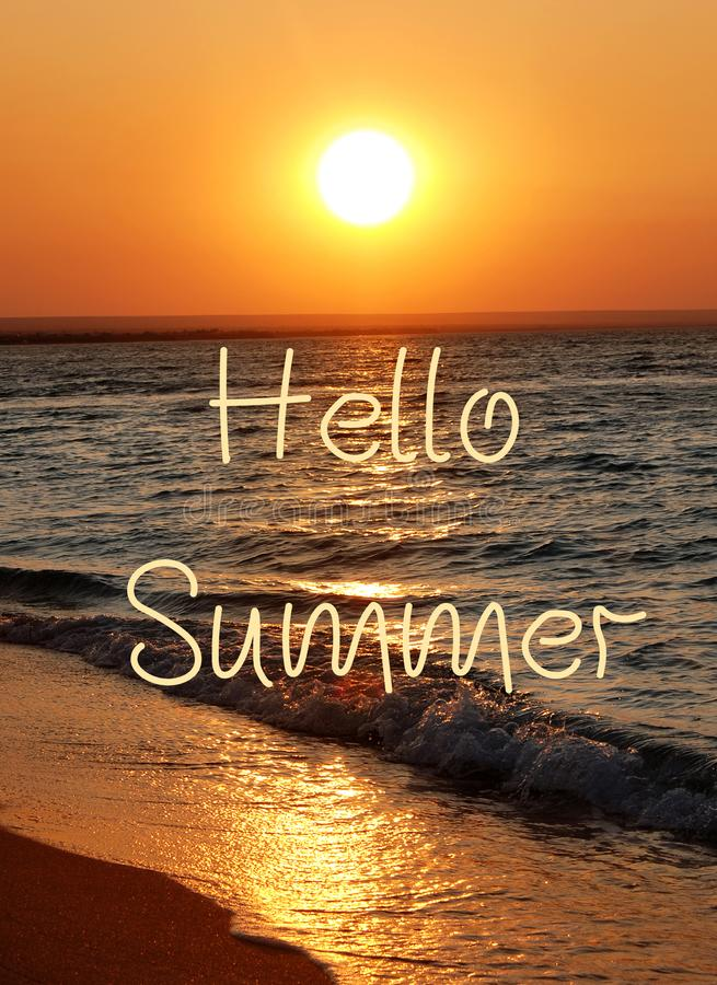 Lato piękny zachód słońca na plaży zdjęcia royalty free