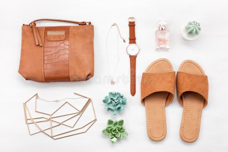 Lato ulicy styl Mody lata dziewczyny ubrania Ustawiający, akcesoria obrazy royalty free