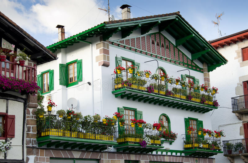 Lato widok Baskijski miasteczko obrazy royalty free