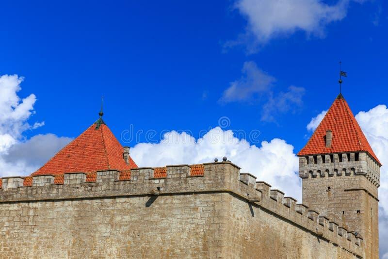 Lato widok Kuressaare kasztel, Saaremaa wyspa, Estonia obrazy stock