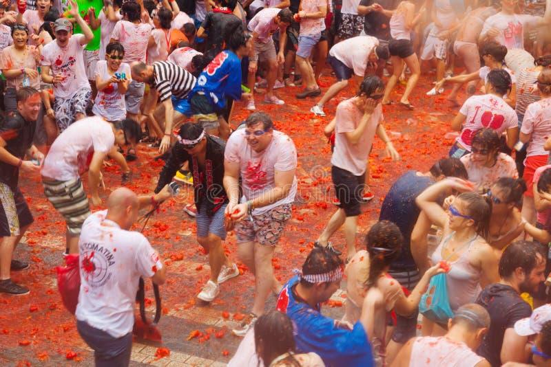 LaTomatina festival arkivfoton