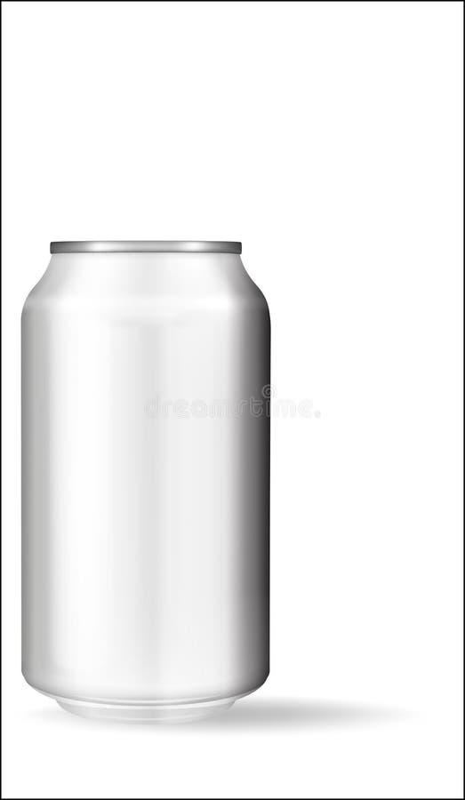 Latta di alluminio realistica su fondo bianco Modello, latta in bianco con lo spazio della copia royalty illustrazione gratis