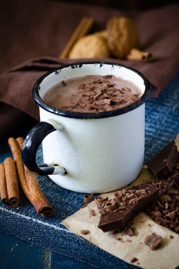 Latte al cioccolato immagini stock